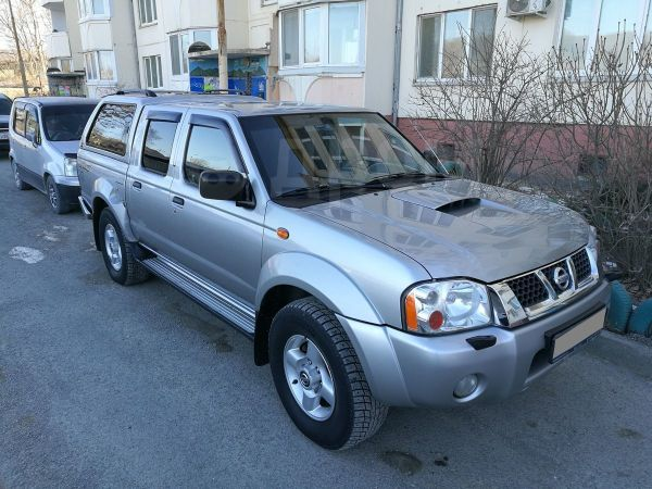 Nissan NP300, 2008 год, 780 000 руб.