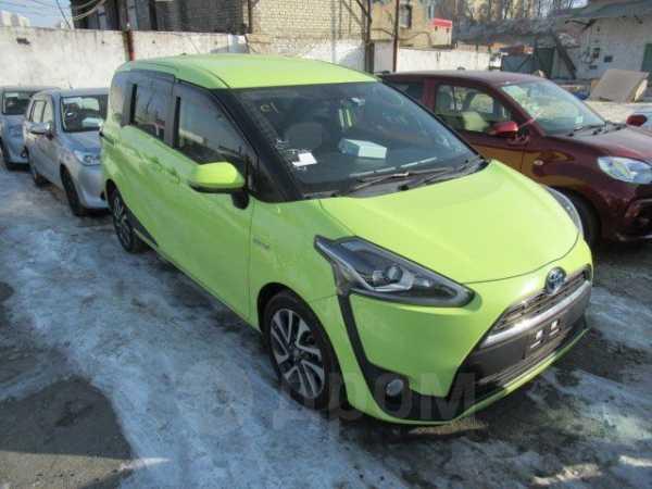 Toyota Sienta, 2015 год, 1 350 000 руб.