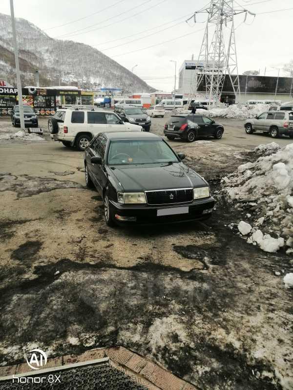 Toyota Crown, 1998 год, 599 000 руб.