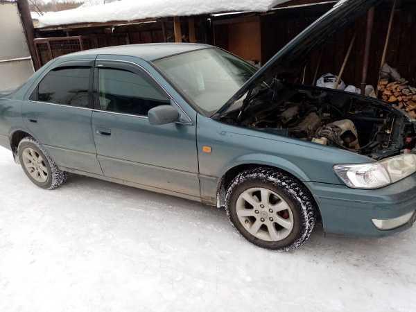 Toyota Camry, 2000 год, 240 000 руб.