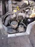 Toyota Hiace, 2000 год, 580 000 руб.