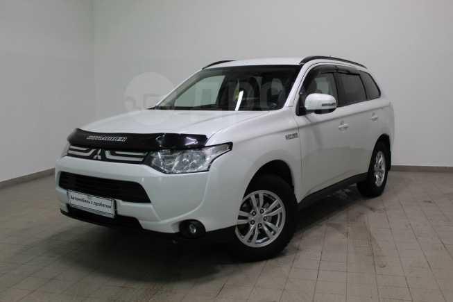 Mitsubishi Outlander, 2014 год, 855 000 руб.