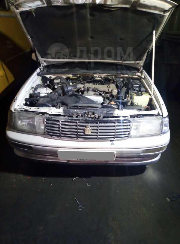 Toyota Crown, 1993 год, 121 000 руб.