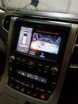 Toyota Alphard, 2012 год, 1 600 000 руб.
