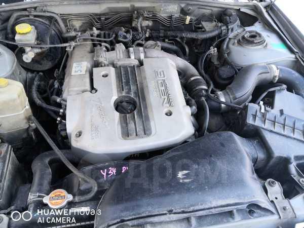 Nissan Gloria, 1999 год, 300 000 руб.