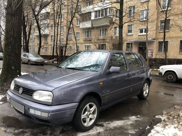Volkswagen Golf, 1996 год, 90 000 руб.