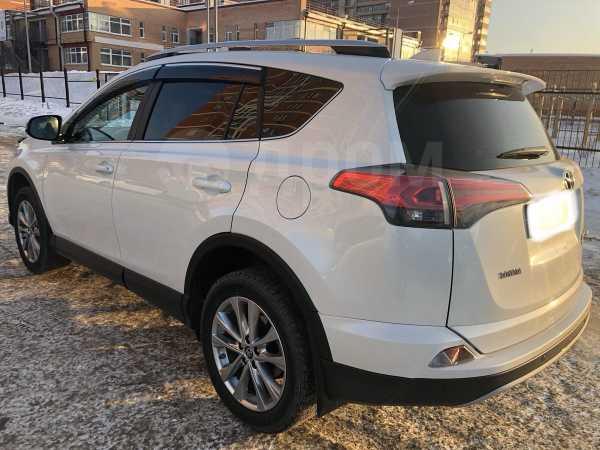 Toyota RAV4, 2018 год, 1 890 000 руб.