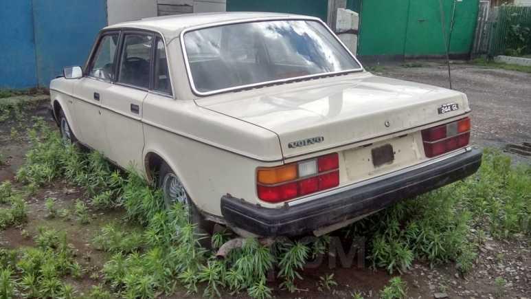 Volvo 240, 1983 год, 75 000 руб.