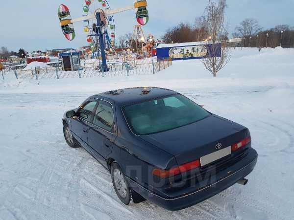 Toyota Camry, 1998 год, 290 000 руб.