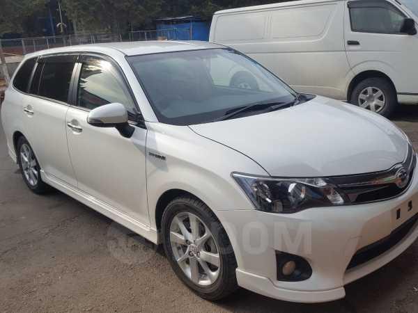 Toyota Corolla Fielder, 2013 год, 800 000 руб.
