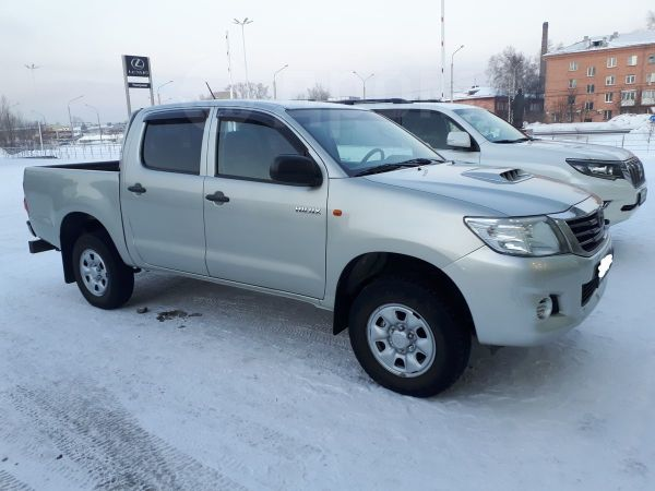 Toyota Hilux Pick Up, 2012 год, 1 099 000 руб.