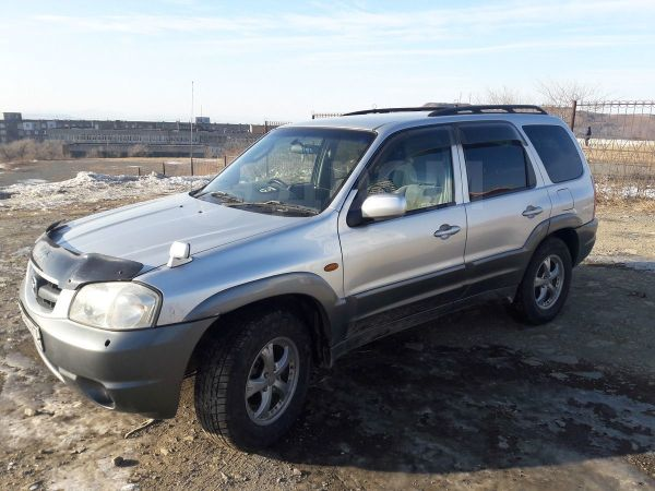 Mazda Tribute, 2001 год, 305 000 руб.