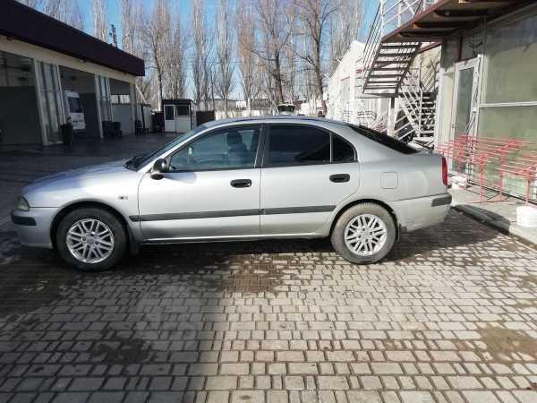 Mitsubishi Carisma, 2001 год, 200 000 руб.