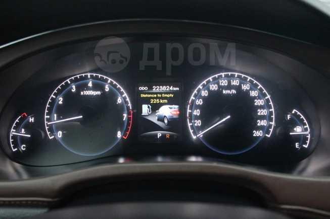 Hyundai Genesis, 2010 год, 550 000 руб.