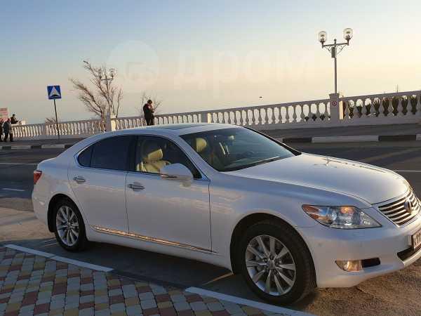 Lexus LS460, 2012 год, 1 111 111 руб.
