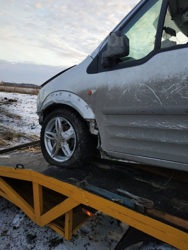 Ford Tourneo Connect, 2006 год, 100 000 руб.