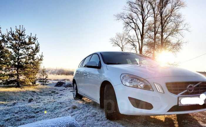 Volvo V60, 2011 год, 699 000 руб.