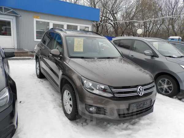 Volkswagen Tiguan, 2014 год, 690 000 руб.