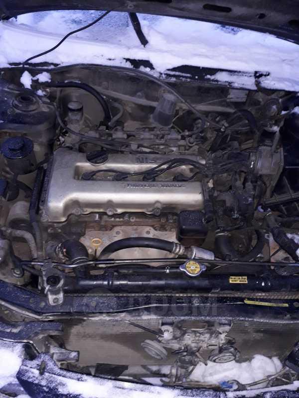 Nissan Bluebird, 1991 год, 30 000 руб.