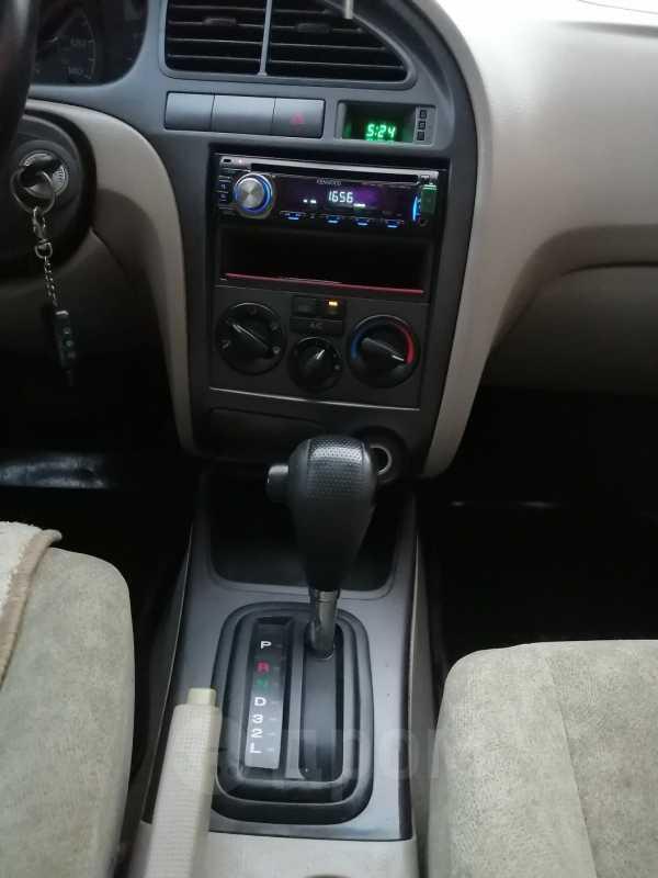 Hyundai Elantra, 2002 год, 155 000 руб.