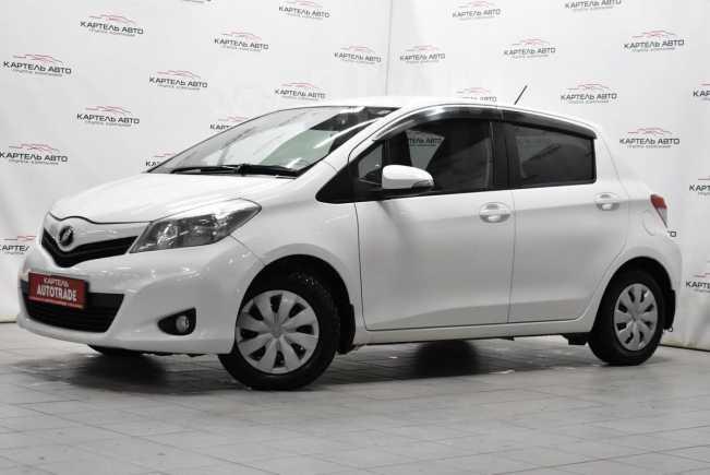 Toyota Vitz, 2011 год, 369 000 руб.