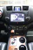 Toyota Highlander, 2012 год, 1 299 999 руб.
