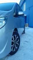 Nissan Serena, 2015 год, 950 000 руб.