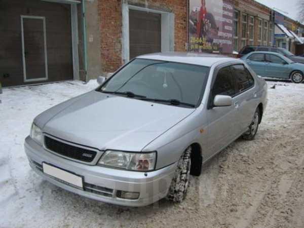 Nissan Bluebird, 2001 год, 310 000 руб.
