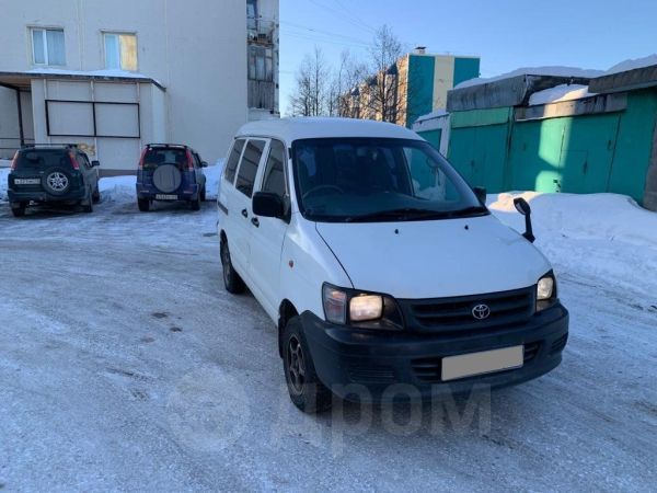 Toyota Town Ace, 2006 год, 430 000 руб.