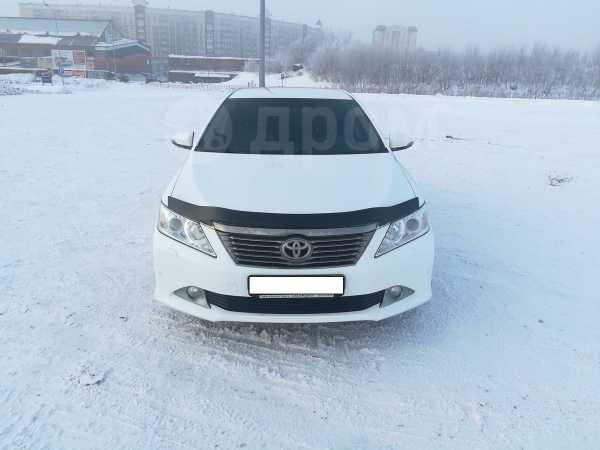 Toyota Camry, 2014 год, 1 050 000 руб.