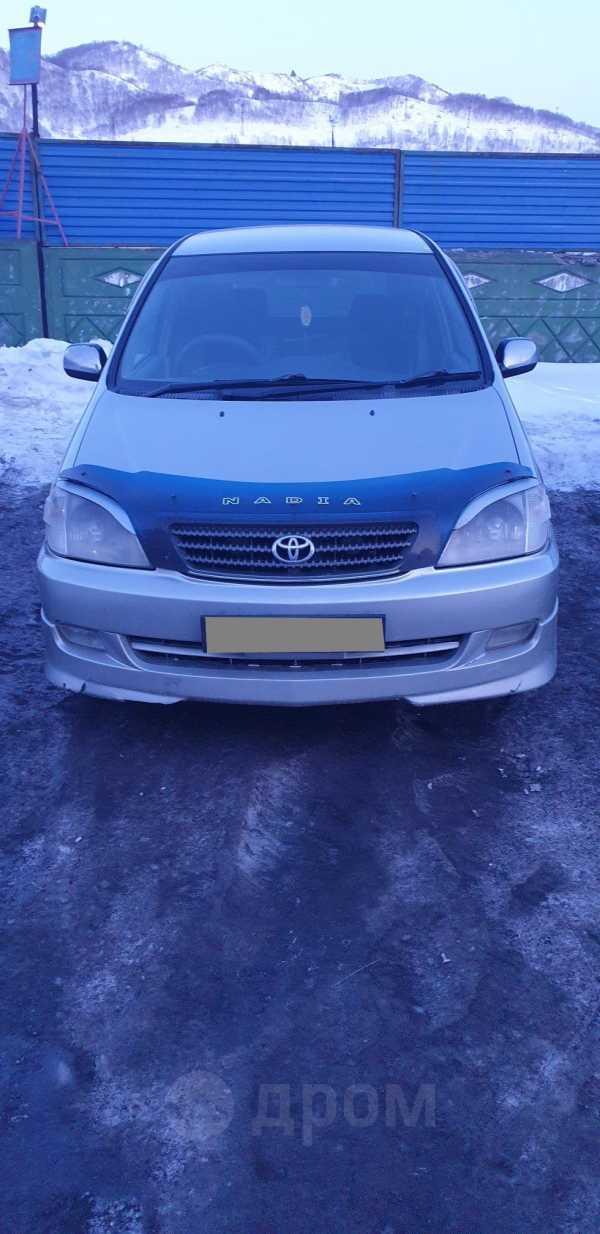 Toyota Nadia, 2001 год, 410 000 руб.