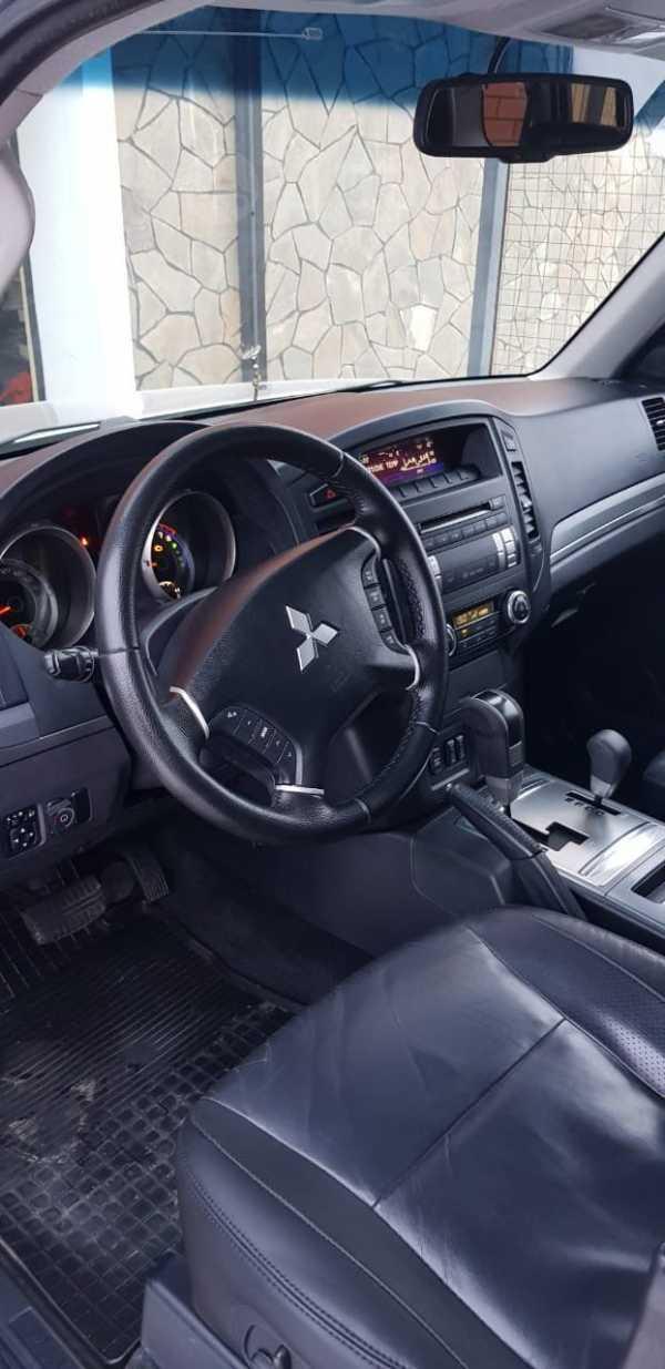 Mitsubishi Pajero, 2011 год, 930 000 руб.