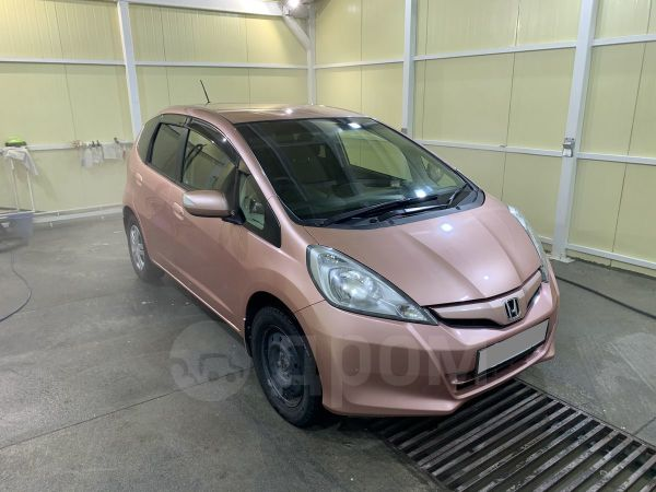Honda Fit, 2012 год, 570 000 руб.