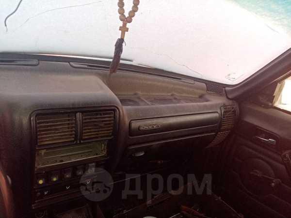 ГАЗ 3110 Волга, 2004 год, 20 000 руб.