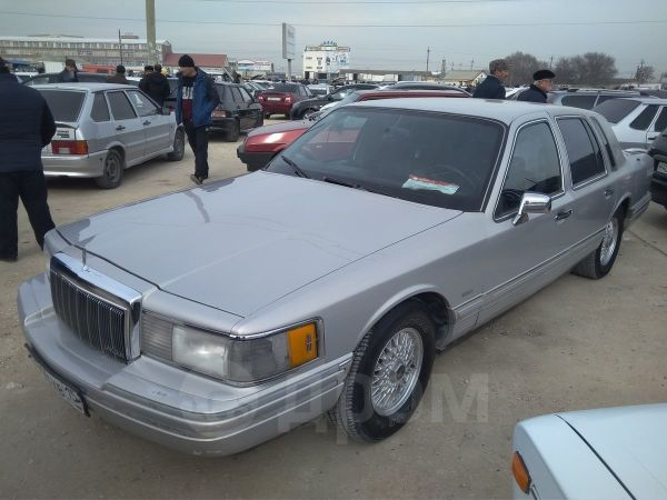 Lincoln Town Car, 1992 год, 500 000 руб.
