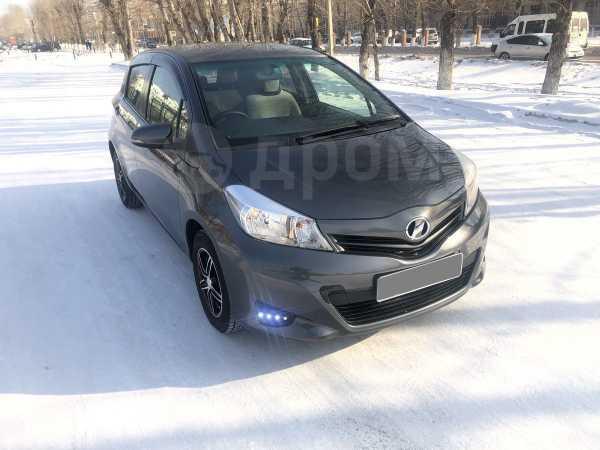 Toyota Vitz, 2013 год, 408 000 руб.