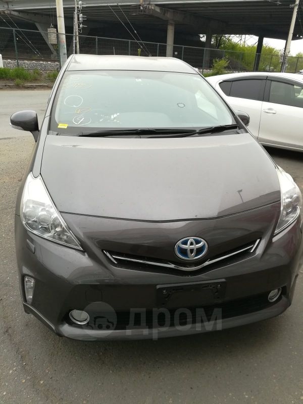 Toyota Prius a, 2012 год, 943 000 руб.