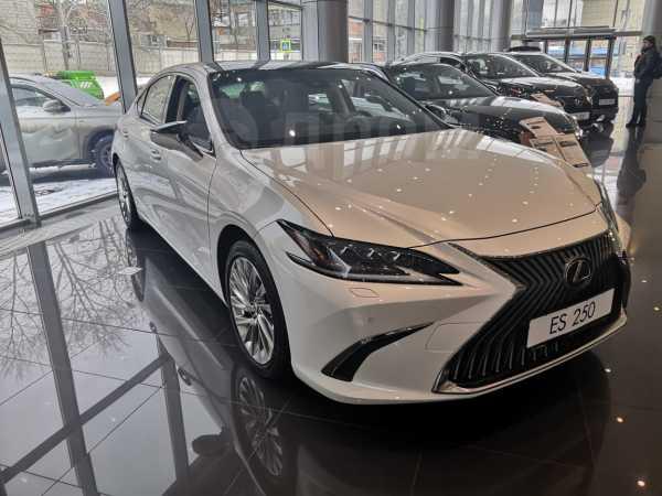 Lexus ES250, 2019 год, 4 024 000 руб.