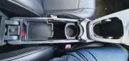 Toyota Prius, 2011 год, 710 000 руб.