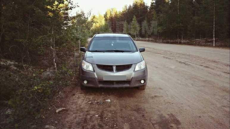 Pontiac Vibe, 2004 год, 110 000 руб.