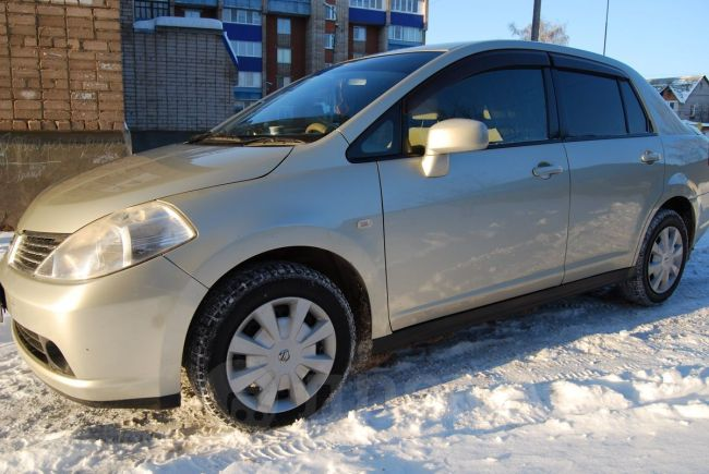 Nissan Tiida Latio, 2005 год, 260 000 руб.