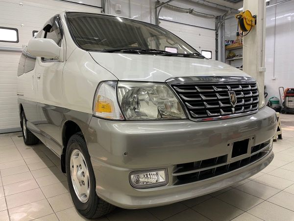 Toyota Grand Hiace, 2000 год, 520 000 руб.
