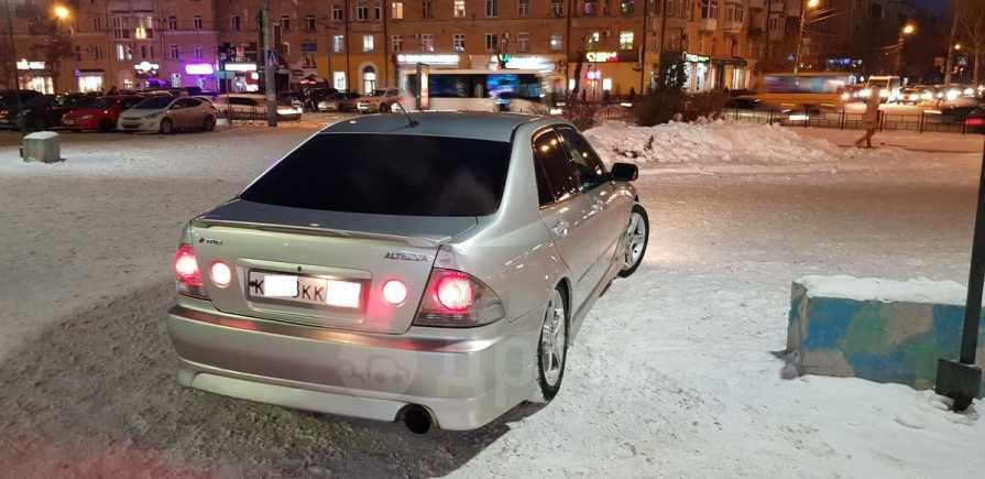 Toyota Altezza, 1999 год, 399 000 руб.