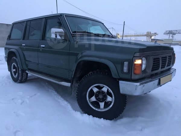 Nissan Patrol, 1996 год, 500 000 руб.