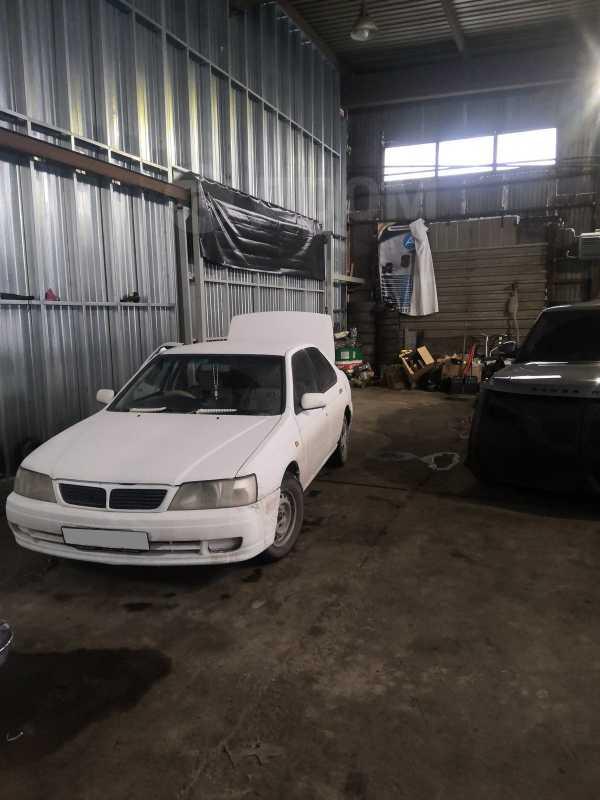 Nissan Bluebird, 2000 год, 125 000 руб.