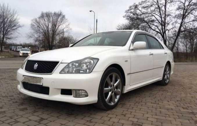 Toyota Crown, 2006 год, 650 000 руб.
