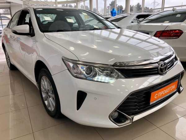 Toyota Camry, 2016 год, 1 049 000 руб.