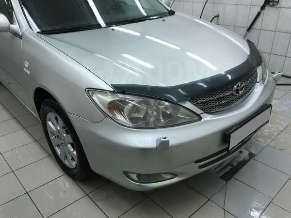 Toyota Camry, 2004 год, 449 000 руб.