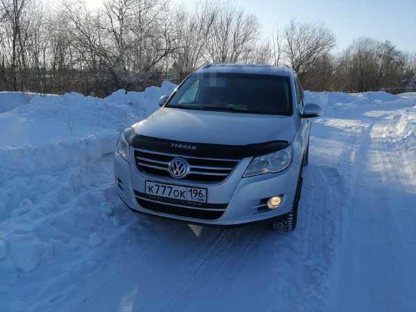 Volkswagen Tiguan, 2008 год, 530 000 руб.