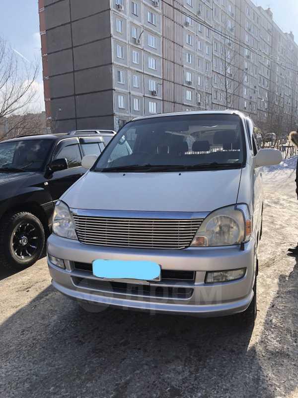 Toyota Regius, 2000 год, 650 000 руб.